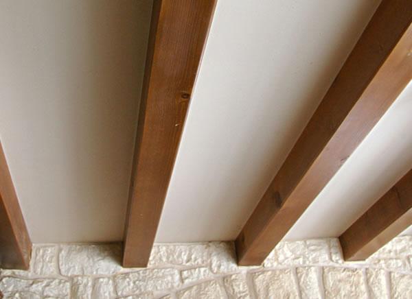 Vente directe plancher bardage bois autoclav jura for Peindre un plafond avec des poutres